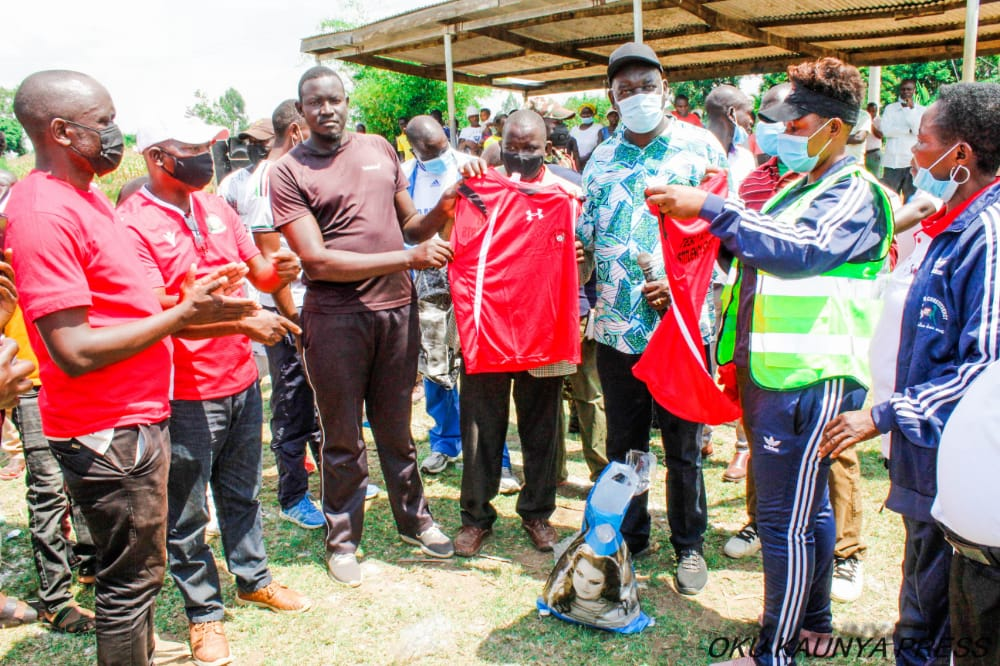 17 BUSIA FKF CLUBS RECEIVE FULL KIT FROM NGF-CDF