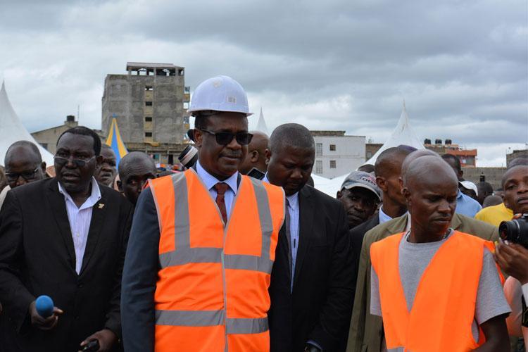 Kidero Salvages Kasipul Residents with Bridge