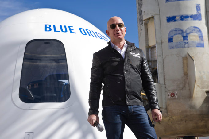 Jeff Bezos offers NASA $2 Billion to Get Moon Exploration Contract For His Space Company