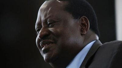 Special Branch Officer Hit Raila with a wooden stick and  jumped on his Engine