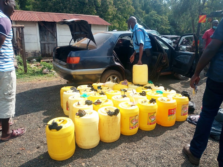 Police Nab Chang'aa Brew worth Ksh.500,000 in Kayole