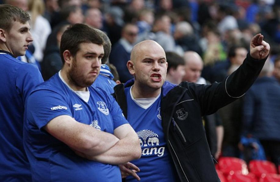 EPL: Everton's Unbeaten Run Ends at Villa Park