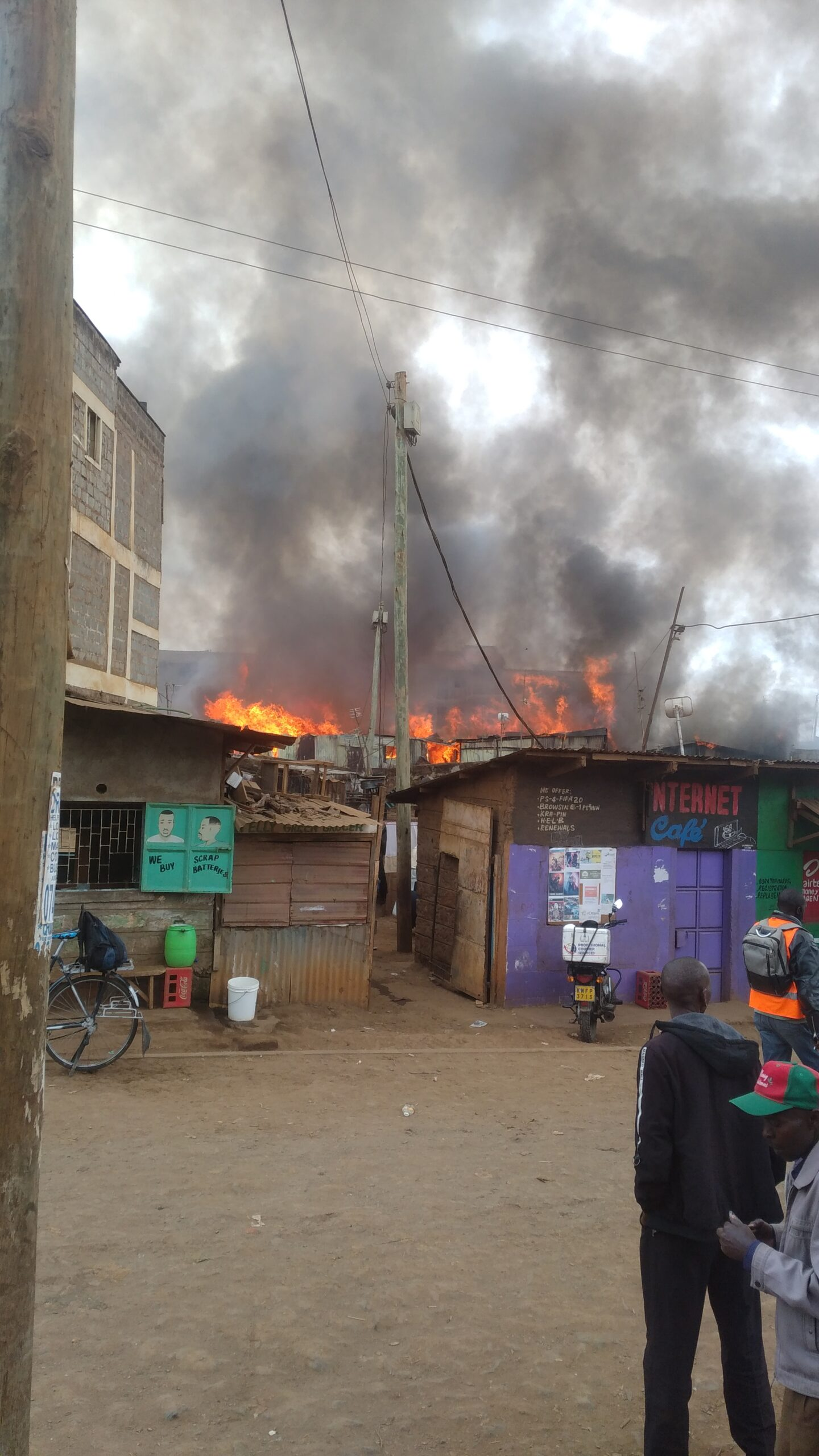 300 families sleep in the cold after fire gutted down houses in Gatina area of Kawangware