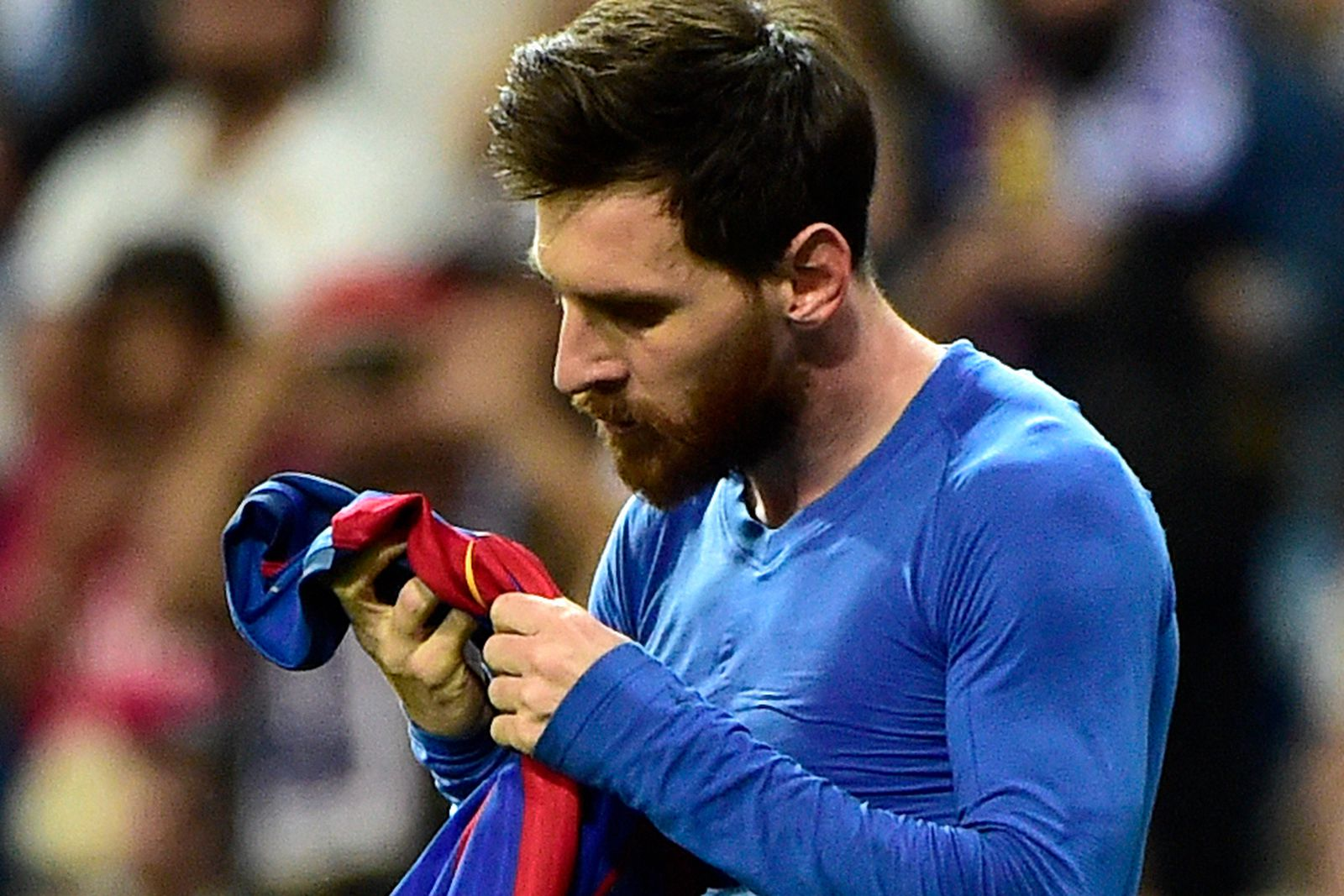 No Mercy for a Messi-less Barcelona by Bayern Munich