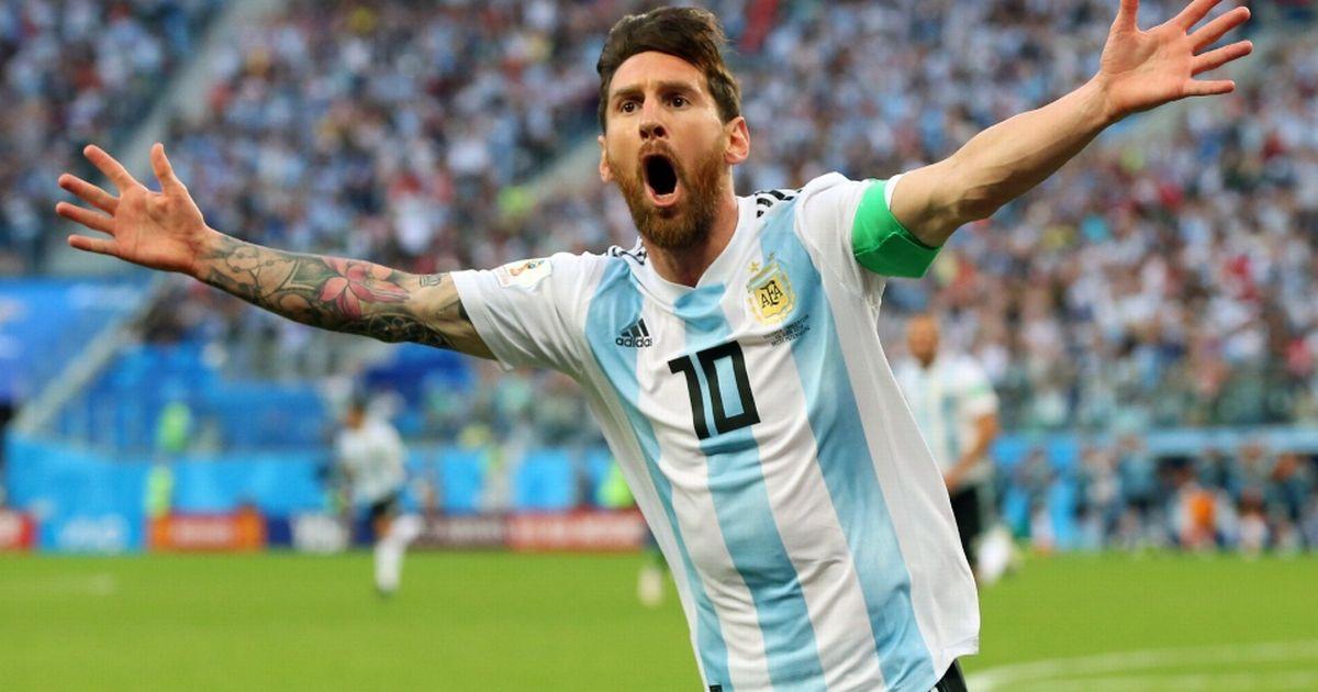 Messi Breaks Pele's Goal Scoring Record