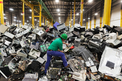 LG TO UTILIZE TONNES OF RECYCLED PLASTIC
